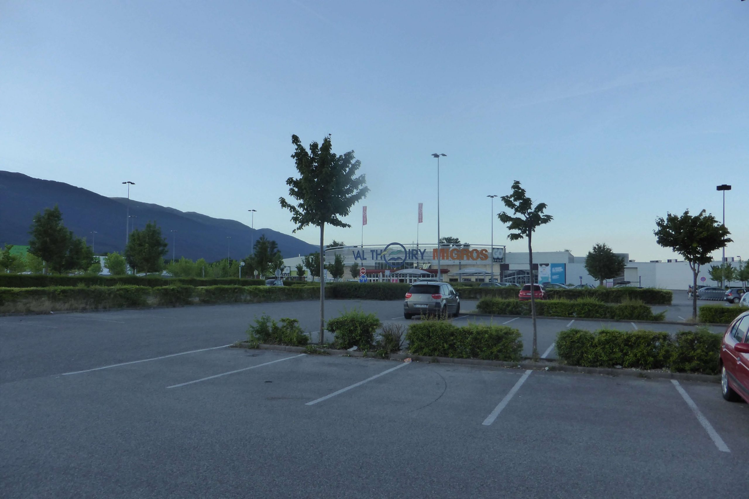Val Thoiry Shopping Centre 1